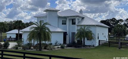 Photo of 16457 SW 22nd Road, Newberry, FL 32669