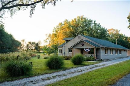 Photo of 1574 State Road 252, Martinsville, IN 46151