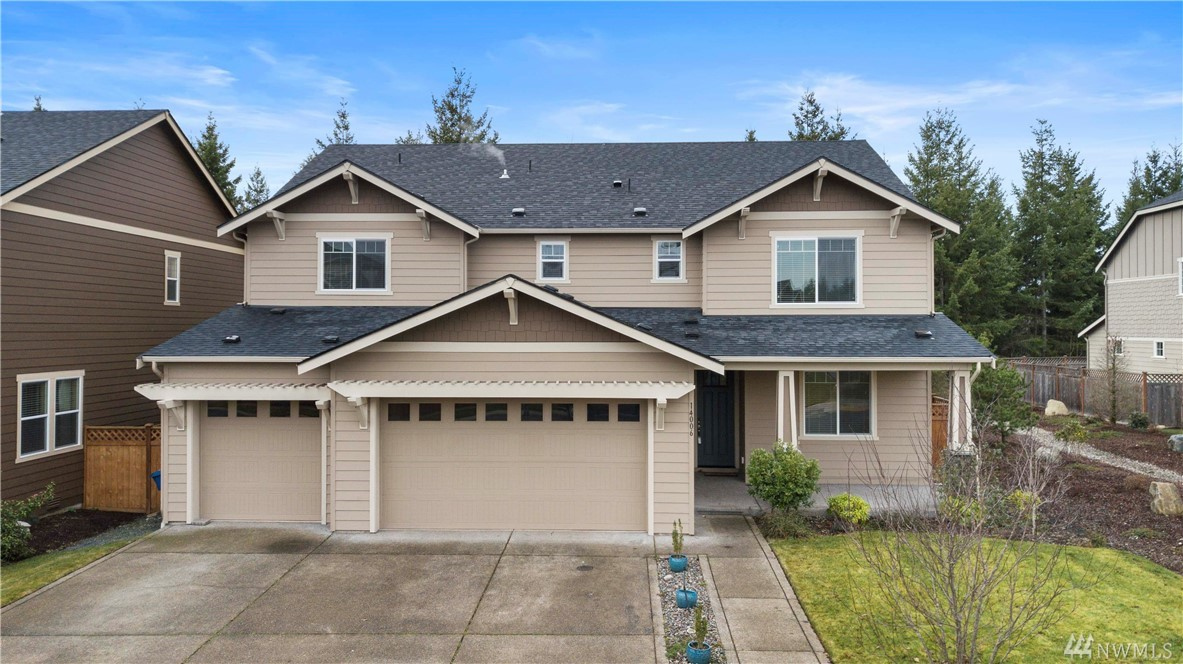 Photo of 14006 Overlook Dr E, Bonney Lake, WA 98391