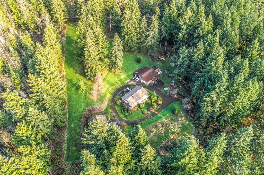 Photo of 2417 Cottage Rd E, Sumner, WA 98390