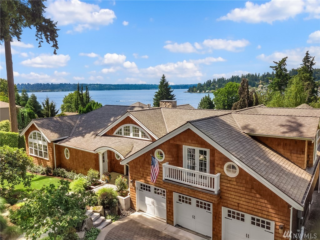Photo of 1936 10th Place W, Kirkland, WA 98033