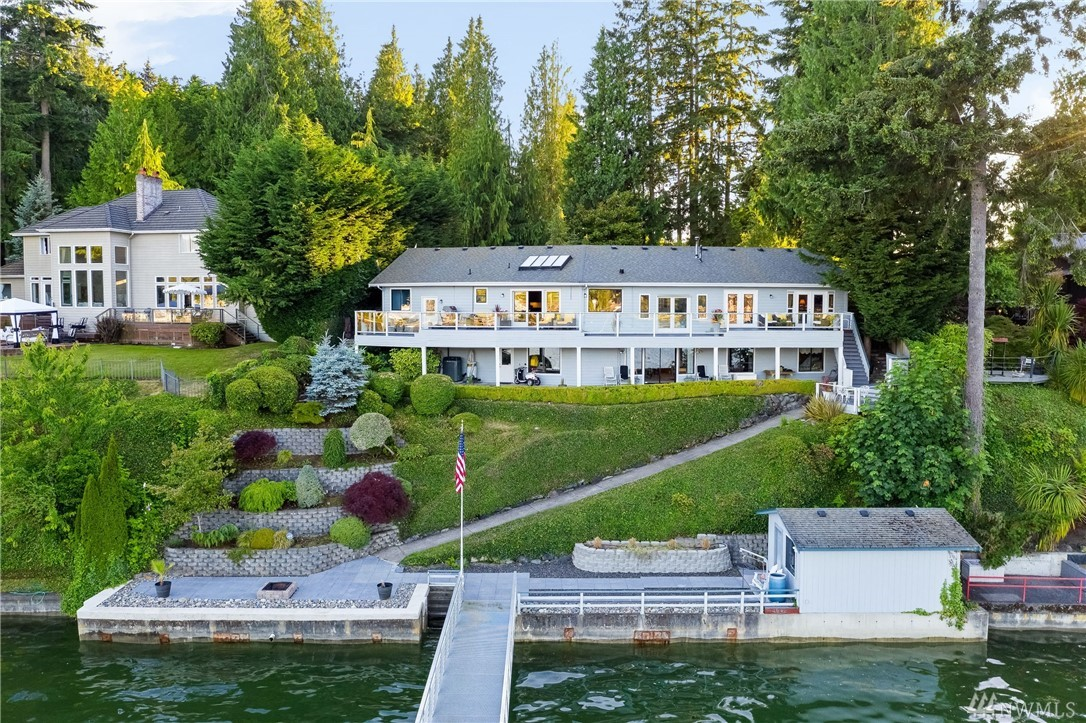Photo of 4023 Forest Beach Dr NW, Gig Harbor, WA 98335