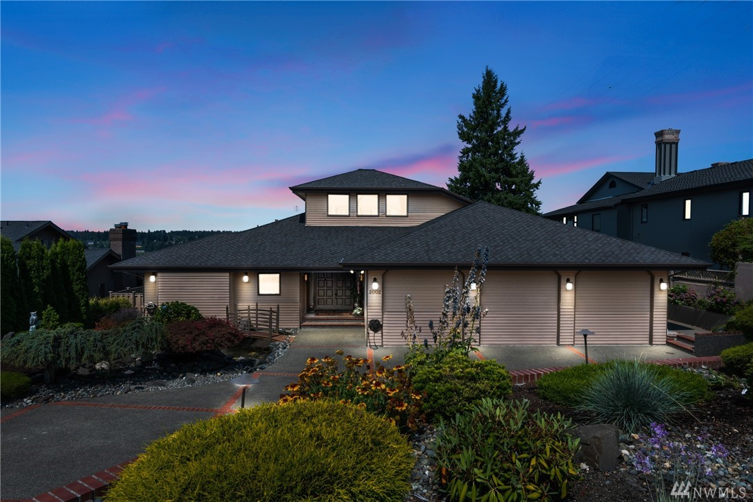Photo of 3002 Vista View Dr, Tacoma, WA 98407
