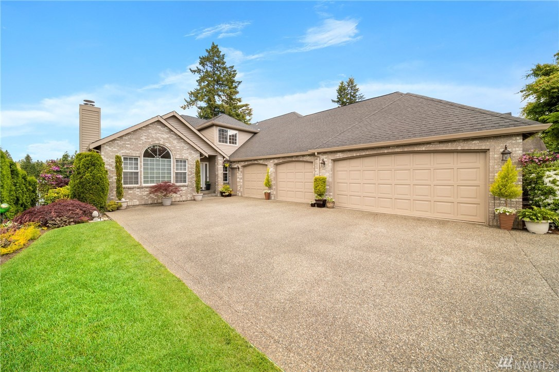 Photo of 20406 Church Lake Dr E, Bonney Lake, WA 98391