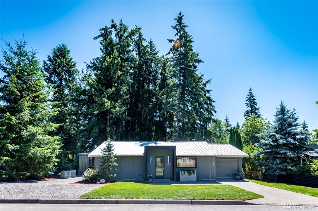 Photo of 23321 SE 265th St, Maple Valley, WA 98038