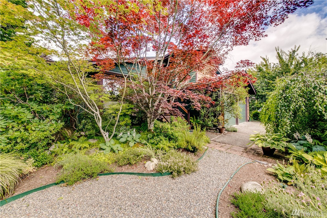 Photo of 2440 SW 349th Place, Federal Way, WA 98023