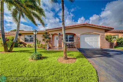 Photo of 4361 NW 12th Ave, Deerfield Beach, FL 33064