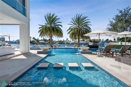 Photo of 701 Middle River Dr, Fort Lauderdale, FL 33304