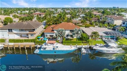 Photo of 2428 NE 26th St, Lighthouse Point, FL 33064