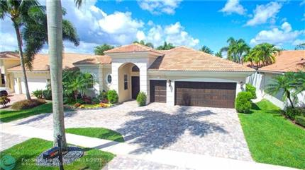 Photo of 8029 Laurel Ridge Ct, Delray Beach, FL 33446