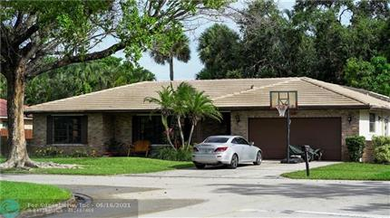 Photo of 10126 NW 3rd Pl, Coral Springs, FL 33071
