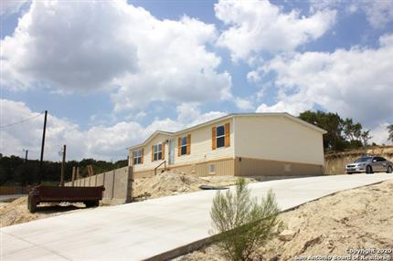 Photo of 721 Golf Course Drive East, Spring Branch, TX 78070
