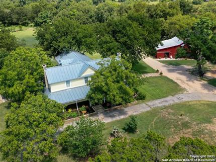 Photo of 428 China St, Center Point, TX 78010