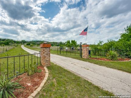 Photo of 706 PALEFACE RANCH RD SOUTH, SPICEWOOD, TX 78669